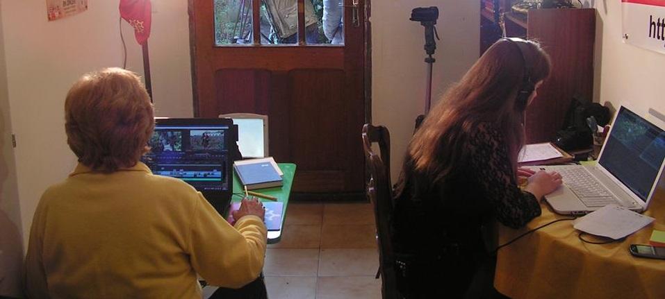 Lise et amy travaillent